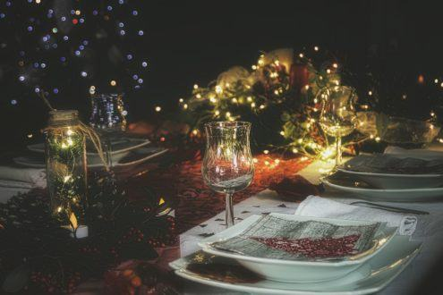Christmas wine table settings and decorations